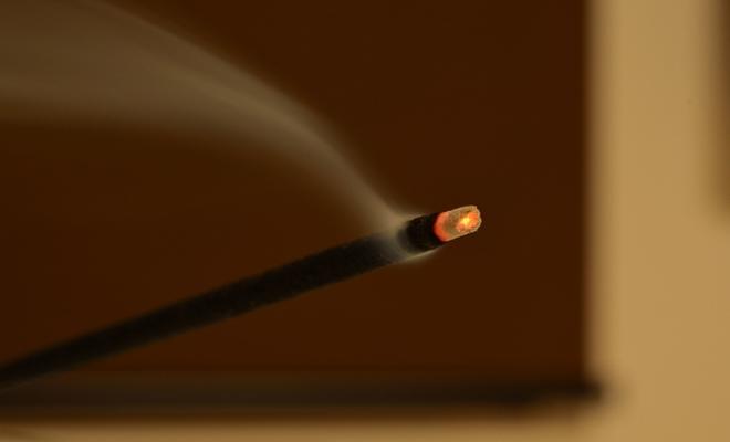 お線香の煙